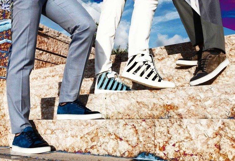 Der perfekte Schuh zur Denim – Jeans und Boots vs. Jeans und Sneakers