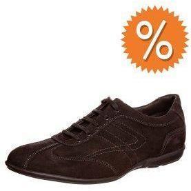 Pier One Sneaker brown