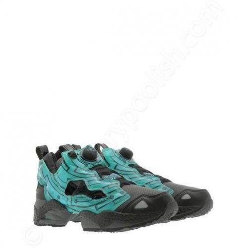 Sneaker Insta Pump Fury x TRON All